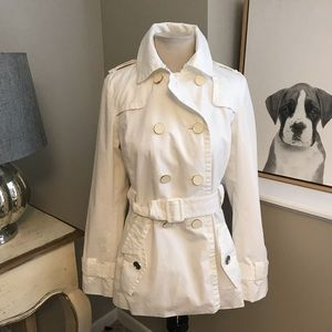 Banana Republic short trench